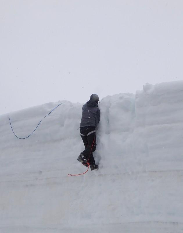 2013-04-18 Glacier class 035